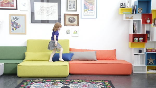 Cubit: the kids friendly sofa!