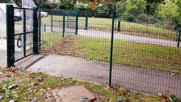Amthal fences off school security with Frank Cooper & Son